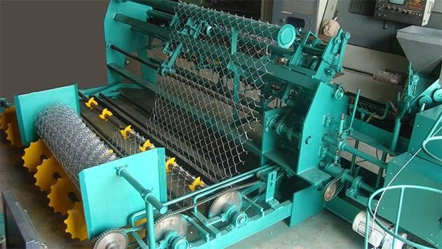 Lưới thép B40 mạ kẽm được sản xuất trên dây chuyền hiện đại nhất.